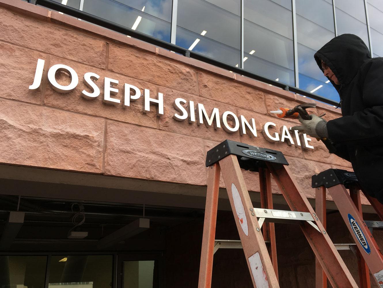 Simon-Gate_WIP